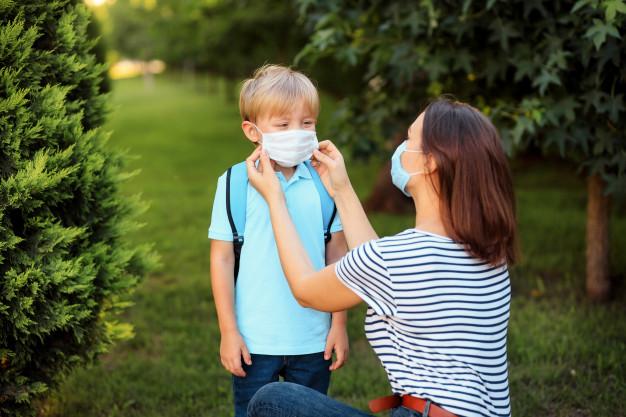 Nannies. Abc Live Experience. Cuidado de los niños. Medidas de seguridad e higiene.